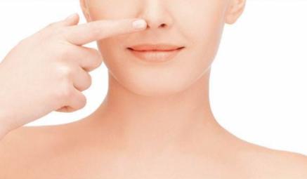 鼻子为什么老长痘 教你八种方法祛鼻痘