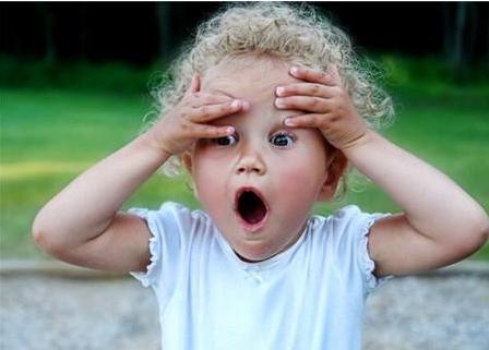 心理因素会导致孩子口吃 这样做让孩子摆脱困扰