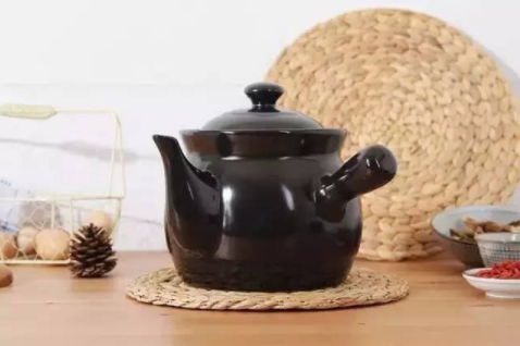 好锅才能煎好药 煎中药时你用错锅了吗?