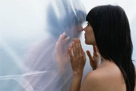 两性心理:男人比女人更爱撒娇