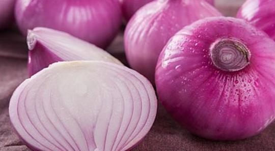 老中医提醒:洋葱和这个一起吃,越吃死的越早!_拓诊卫生资讯