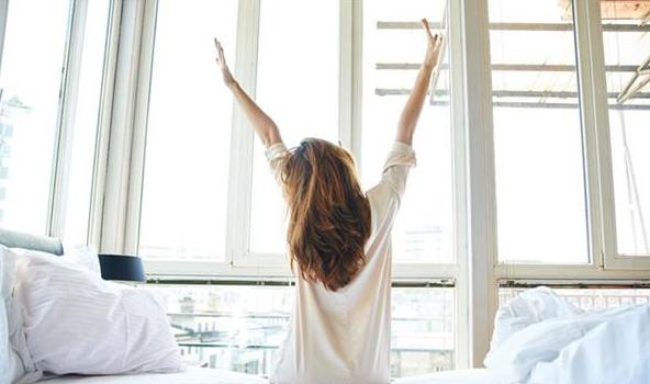 早睡早起的人,身体会有7个大变化,成绩也比别人好!_拓诊健康资讯