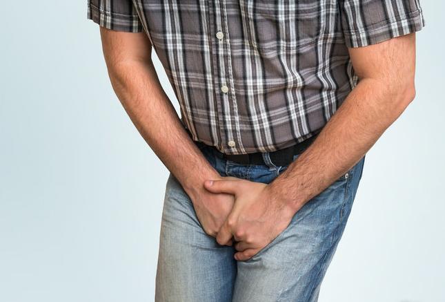 5个危害提醒你:憋了多少次尿,膀胱就受了多少伤!_拓诊健康资讯