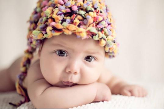早教常识:这些简单的亲子互动游戏,对宝宝的智力发育很有帮助!_拓诊卫生资讯
