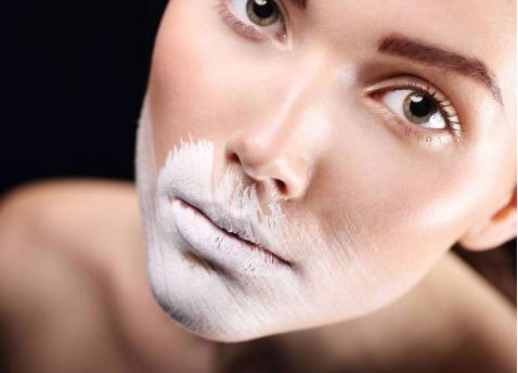 怎样化妆看上去更加自然_拓诊卫生资讯