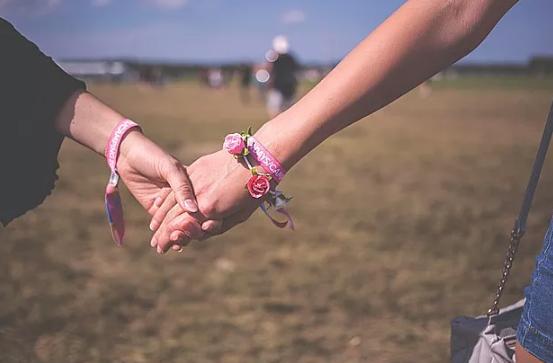 """两性心理:女人需要有个""""男闺蜜""""_拓诊卫生资讯"""