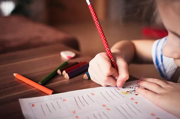 最好的早教是父母的教育_拓诊卫生资讯