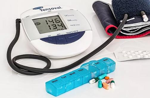 高血压患者有这5种表现,说明血压已经很高了!_拓诊卫生资讯