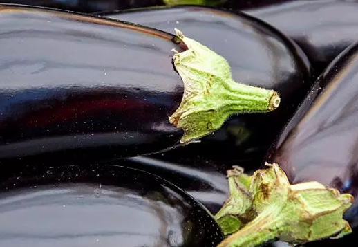 冠心病患者吃什麼好 吃茄子降低膽固醇_拓診衛生資訊