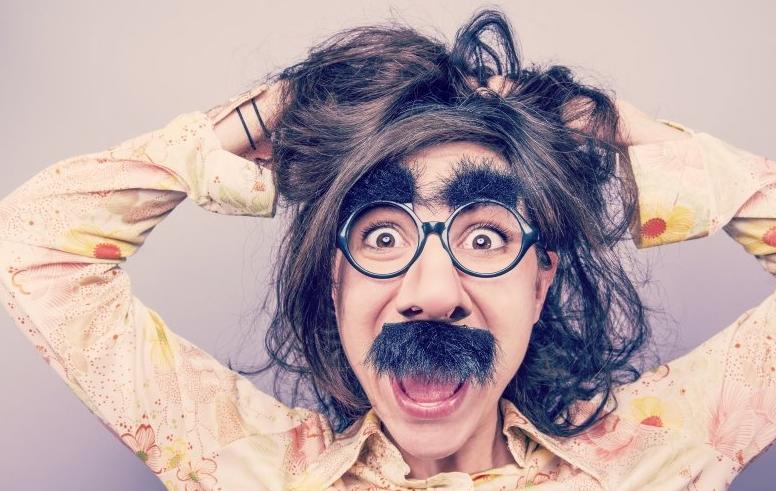 为何现在很多理发师只会推荐两边铲短?_拓诊卫生资讯
