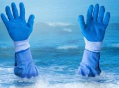 绷紧安全弦:儿童若发现同伴溺水,一定不要自行下水救助!