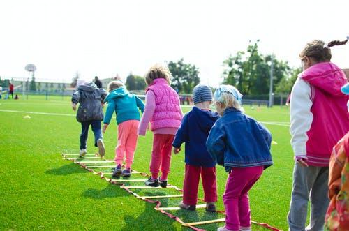 教育不同年龄段孩子的最好方式_拓诊卫生资讯
