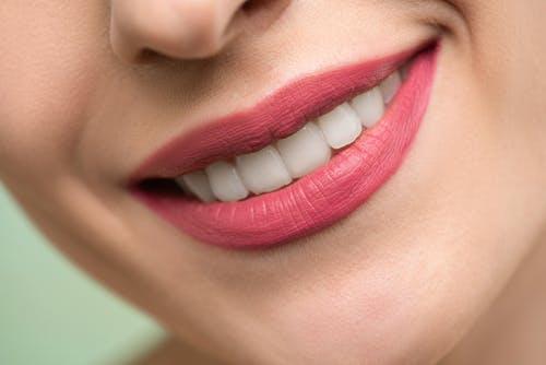 嗜好砖茶也会中毒 地氟病侵害牙齿损害骨骼
