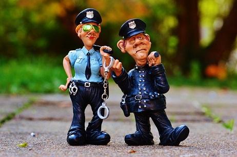 河北启用全部交警执法站 发布清明小长假预警