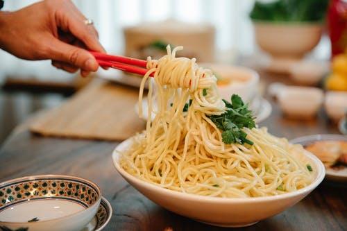 长期吃面条,对身体有益还是有害?_拓诊卫生资讯